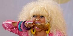 [New Video] Nicki Minaj-Stupid Hoe