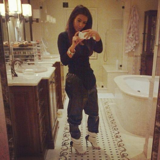 InstaFASHION: Kim Kardashian Shares Her Airport Fit With Instagram