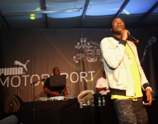 [CLAP FOR HIM] @MeekMill Signs Deal With Puma