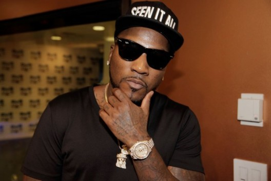 YIKES: Rapper Young Jeezy Loses His Teeth While Performing On Stage